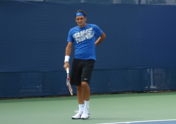 Roger Federer scrunchy face Cincy Open pictures